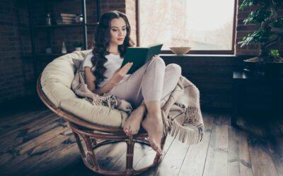 Podróżnik w fotelu: odkrywanie świata poprzez książki